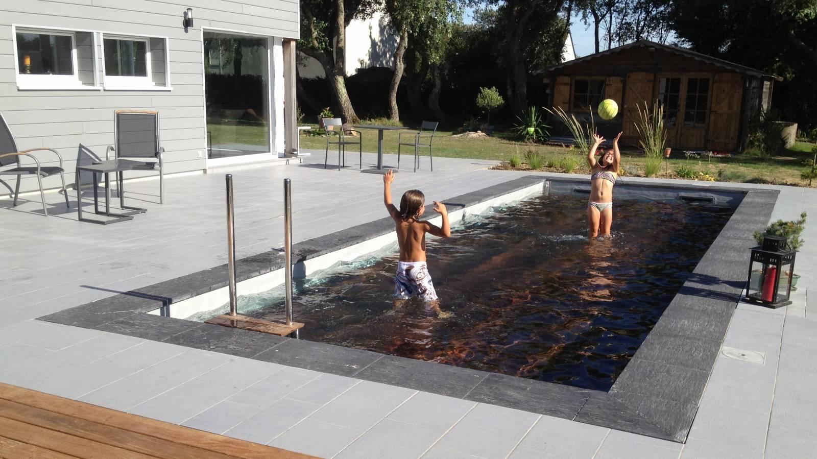 Constructeur De Piscine Paris fabricant de piscine à fond mobile - amphibia