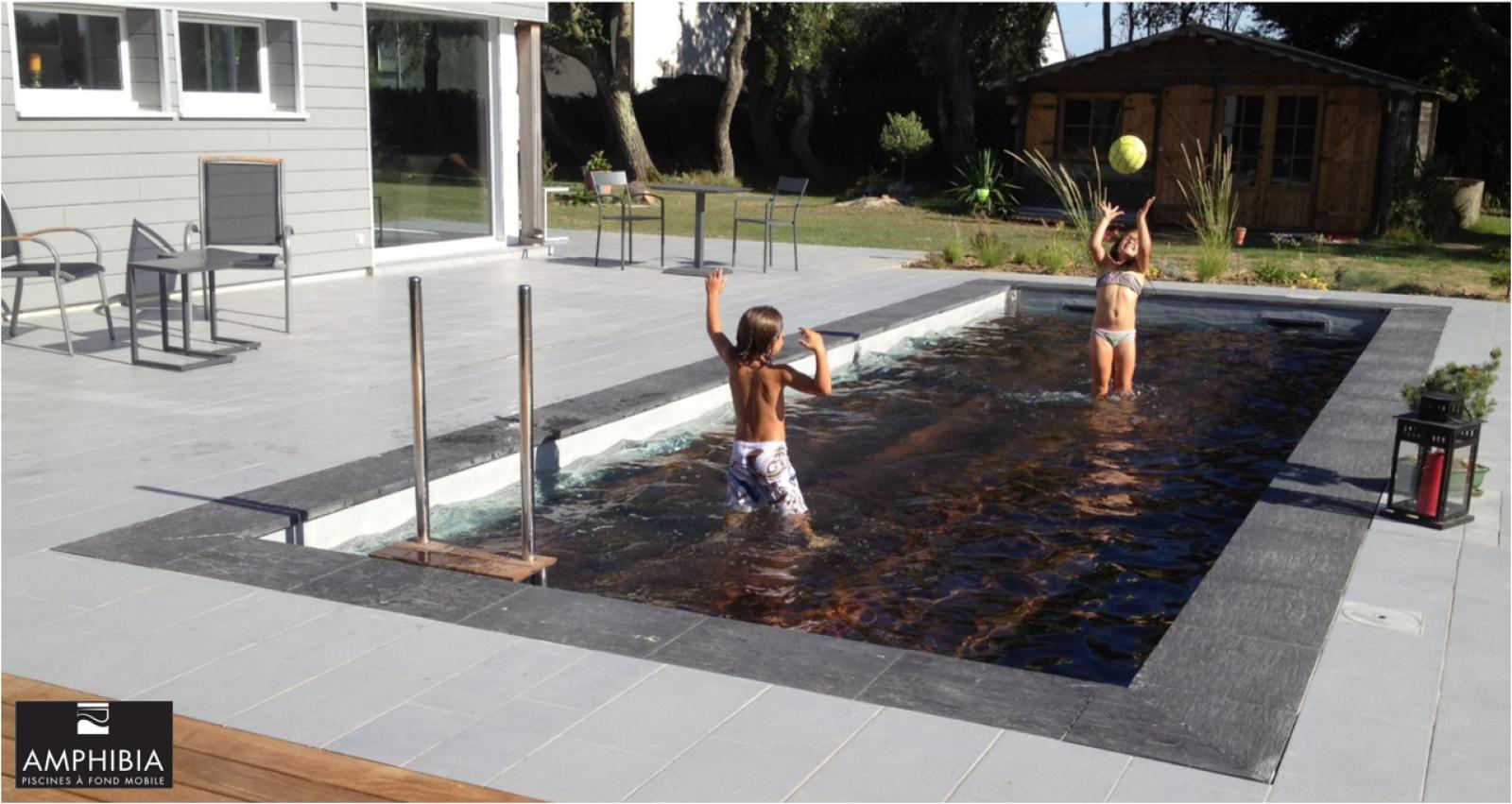 la terrasse plongeante ou fond mobile de piscine une solution unique pour r cup rer votre. Black Bedroom Furniture Sets. Home Design Ideas